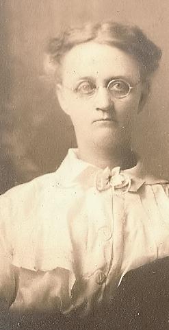 Mary Elizabeth <I>McKinley</I> Holaday