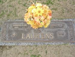 Mary Dixie <I>Puckett</I> Laurens