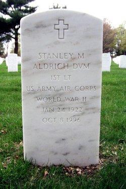 Stanley M Aldrich DVM