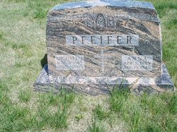 Anna <I>Lang</I> Pfeifer