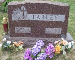 Lottie M <I>Boyle</I> Farley