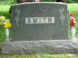Doris E <I>Smith</I> Dehne