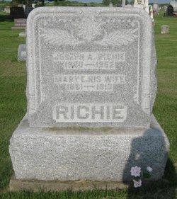 Mary Elizabeth <I>Barber</I> Richie