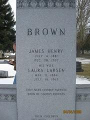 Laura Andersen <I>Larsen</I> Brown