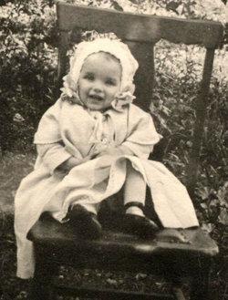 Maxine Dorothy Kelly