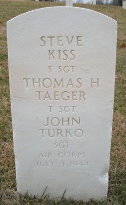 Thomas H Taeger