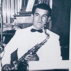 """Eduardo Oton """"Lalo"""" Robles"""