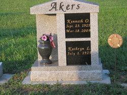 Kenneth O Akers