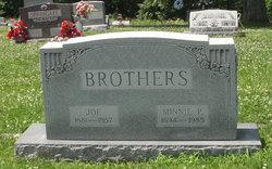 Minnie Pearl <I>Snider</I> Brothers