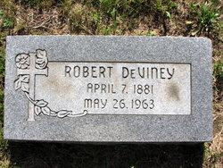Robert Deviney