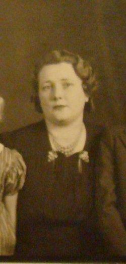 Anna Belle <I>Sigler</I> Adams