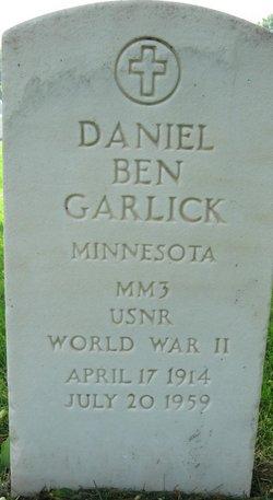 Daniel Ben Garlick