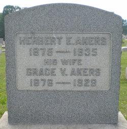 Pvt Herbert E Akers