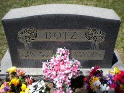 Josephine Botz