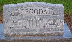 """Fredrica Lee """"Freddie"""" <I>Thomas</I> Pegoda"""