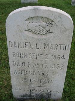 Daniel L Martin