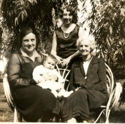 "Ethel Moore ""Boo"" <I>Knapp</I> McCroskey"