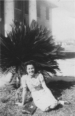 Elsie Mae <I>Thomas</I> Hughes
