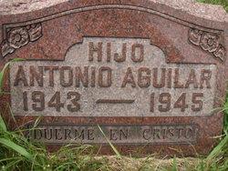 Hijo Antonio Aguilar
