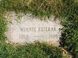 Winnie Esterak