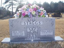 """Mildred Vernell """"Nell"""" <I>Morgan</I> Staggs"""