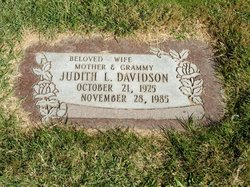 "Judith Lee ""Judy"" <I>Lashley</I> Davidson"