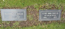 Clyde Anna <I>Airhart</I> Shields