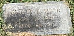 Robert R Wood