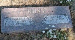 Kenneth R Hunt