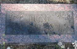 Walter B Hunt