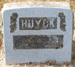 Nora L Huyck