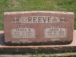 Verna E <I>Wallace</I> Reeve