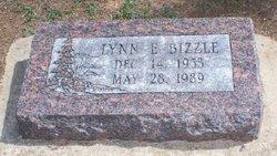 Lynn E Bizzle