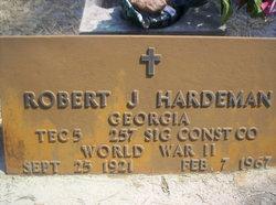 Robert J Hardeman