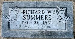 Richard W Summers