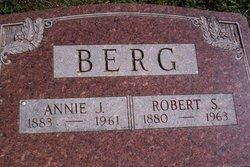 """Anna Jane """"Annie"""" <I>Bell</I> Berg"""
