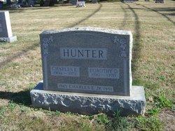 Dorothy D Hunter