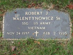 Robert J. Walentynowicz, Sr