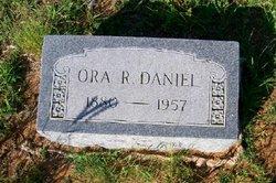 Ora <I>Rock</I> Daniel