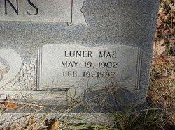 Luner Mae <I>Miller</I> Akins