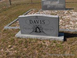 Lumanda <I>Dyal</I> Davis