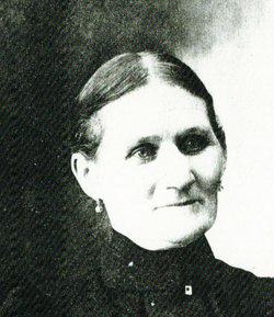 Julia <I>Suszyski</I> Petroske