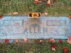 """Harriet """"Addie"""" <I>Clark</I> Allen"""