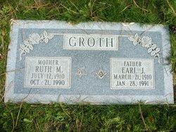 Earl Julfs Groth