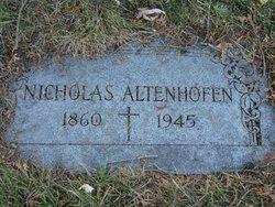 Nicholas Altenhofen
