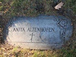 Anita Altenhofen