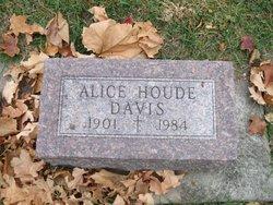 Alice <I>Houde</I> Davis