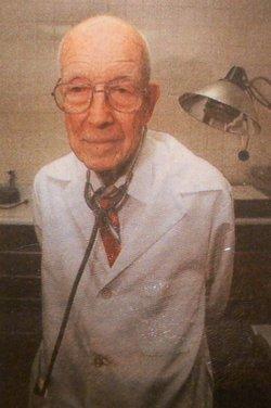 Dr Robert Pinckney Tucker Jr.