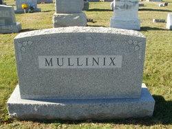 Rosenen E <I>Merson</I> Mullinix
