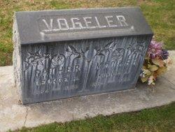 Minnie Lois <I>Miller</I> Vogeler
